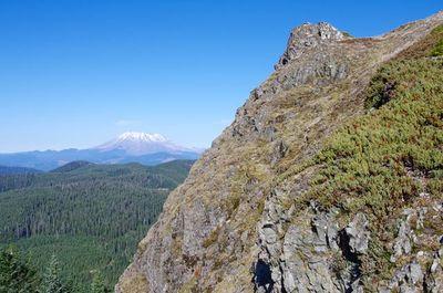 Sister Rocks-Observation Peak Loop Hike - Hiking in Portland